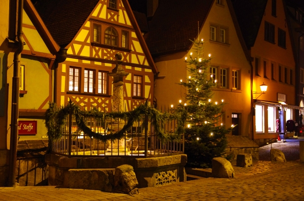 Rothenburg ob der Tauber, Germany - Christmas 2016. The streets begin to empty.
